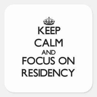 Guarde la calma y el foco en residencia colcomania cuadrada
