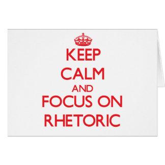Guarde la calma y el foco en retórico tarjeta de felicitación