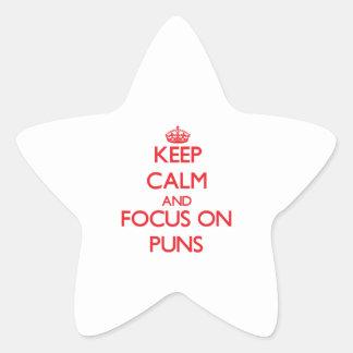 Guarde la calma y el foco en retruécanos pegatina en forma de estrella