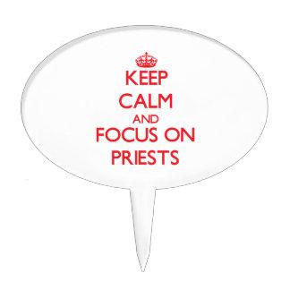 Guarde la calma y el foco en sacerdotes