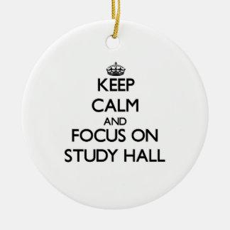 Guarde la calma y el foco en sala de estudio adorno de navidad