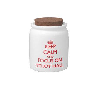 Guarde la calma y el foco en sala de estudio jarras para caramelos