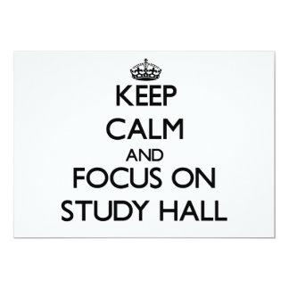 Guarde la calma y el foco en sala de estudio invitación 12,7 x 17,8 cm