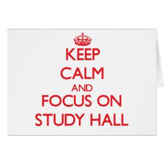 Guarde la calma y el foco en sala de estudio tarjeta de felicitación