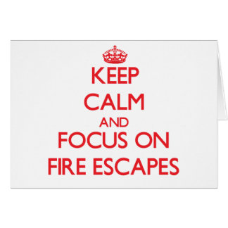 Guarde la calma y el foco en salidas de incendios tarjeta de felicitación