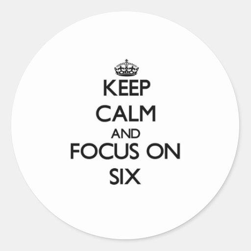 Guarde la calma y el foco en seis pegatinas redondas