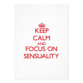 Guarde la calma y el foco en sensualidad invitaciones personalizada