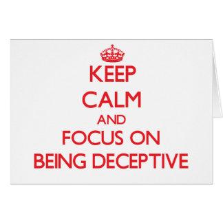 Guarde la calma y el foco en ser engañoso tarjeta de felicitación