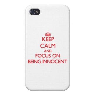 Guarde la calma y el foco en ser inocente iPhone 4 carcasa
