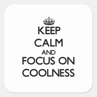 Guarde la calma y el foco en serenidad calcomanía cuadrada