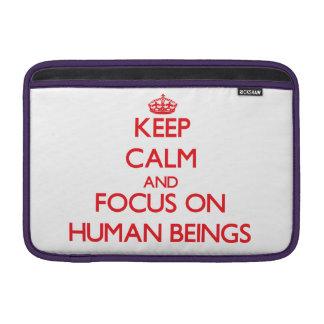 Guarde la calma y el foco en seres humanos