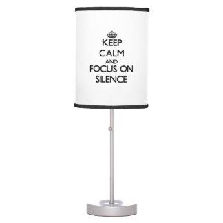 Guarde la calma y el foco en silencio lámpara de escritorio