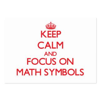 Guarde la calma y el foco en símbolos de la matemá tarjetas de negocios
