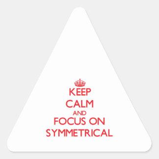 Guarde la calma y el foco en simétrico calcomanía triangulo personalizadas