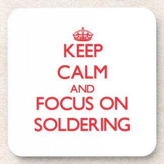Guarde la calma y el foco en soldar
