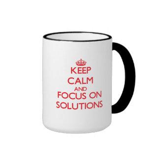 Guarde la calma y el foco en soluciones taza a dos colores