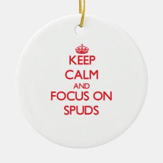 Guarde la calma y el foco en Spuds Ornamente De Reyes