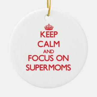 Guarde la calma y el foco en Supermoms Ornamentos De Reyes Magos