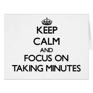Guarde la calma y el foco en tardar minutos felicitacion