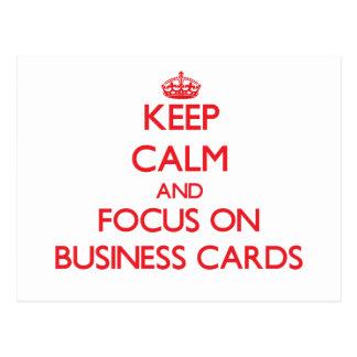 Guarde la calma y el foco en tarjetas de visita postales