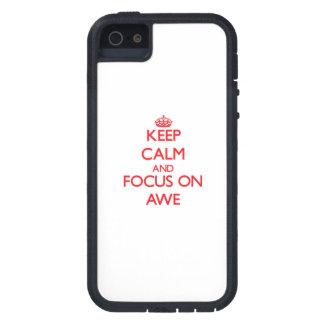 Guarde la calma y el foco en TEMOR iPhone 5 Case-Mate Carcasas