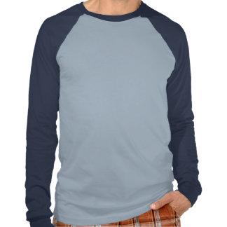 Guarde la calma y el foco en tiburones azules camiseta