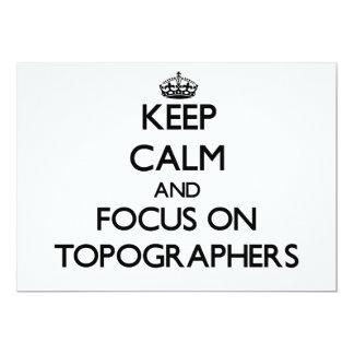 Guarde la calma y el foco en topógrafos anuncios