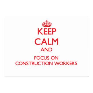 Guarde la calma y el foco en trabajadores de const tarjeta personal