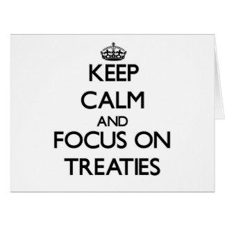 Guarde la calma y el foco en tratados felicitación