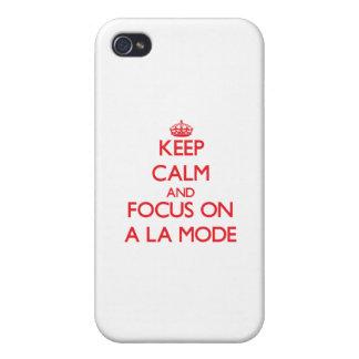 Guarde la calma y el foco en UN MODO del LA iPhone 4 Carcasas