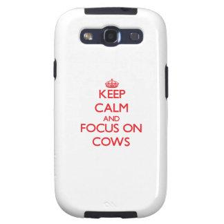 Guarde la calma y el foco en vacas galaxy s3 protector