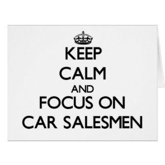 Guarde la calma y el foco en vendedores de coches tarjeta de felicitación grande