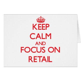 Guarde la calma y el foco en venta al por menor tarjeta de felicitación
