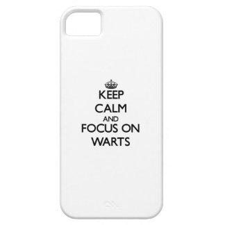 Guarde la calma y el foco en verrugas iPhone 5 Case-Mate cárcasa