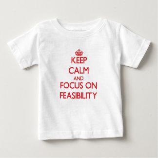 Guarde la calma y el foco en viabilidad remera