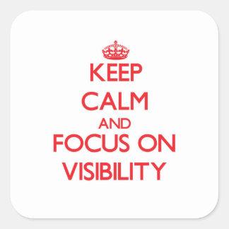 Guarde la calma y el foco en visibilidad pegatina cuadrada