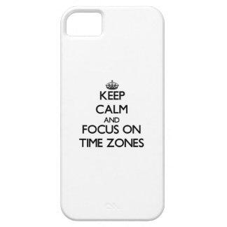 Guarde la calma y el foco en zonas horarias iPhone 5 carcasa