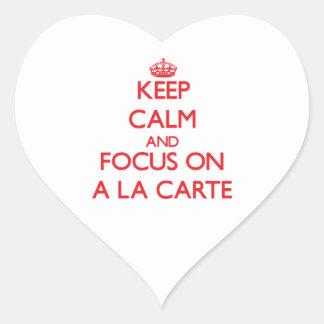 Guarde la calma y el foco encendido A LA CARTA Pegatinas De Corazon