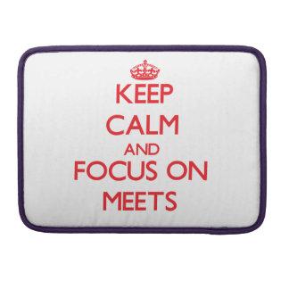 Guarde la calma y el foco encendido se encuentra fundas macbook pro