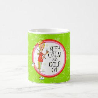 Guarde la calma y el golf en la taza