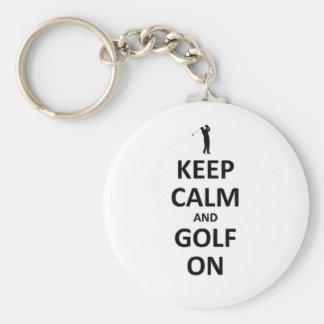 Guarde la calma y el golf encendido llavero redondo tipo pin