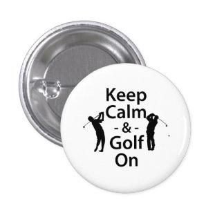Guarde la calma y el golf encendido pin