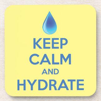 Guarde la calma y el hidrato posavasos