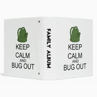 """Guarde la calma y el insecto hacia fuera carpeta 1 1/2"""""""