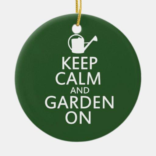 Guarde la calma y el jardín encendido ornamento para reyes magos