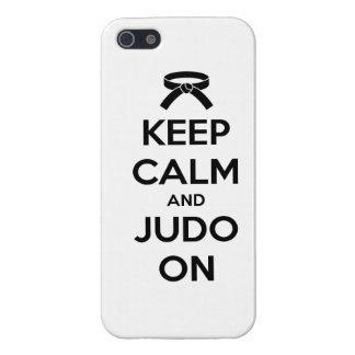 Guarde la calma y el judo encendido iPhone 5 funda