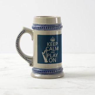 Guarde la calma y el juego en arpa cualquier co tazas de café