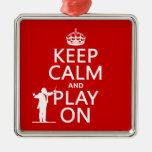 Guarde la calma y el juego en (conductor) (cualqui ornamente de reyes