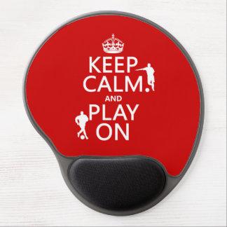 Guarde la calma y el juego en el fútbol en cual alfombrillas con gel