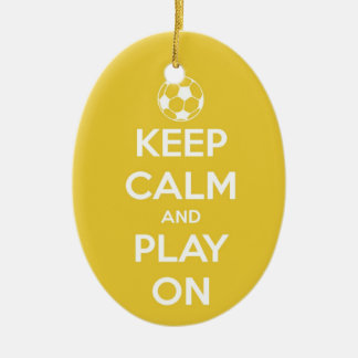 Guarde la calma y el juego en el ornamento ornamentos de navidad